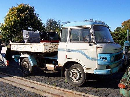 panzerfreund kleinbusse transporter pritschenwagen b1000 mit allrad. Black Bedroom Furniture Sets. Home Design Ideas